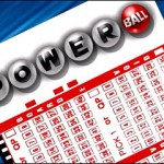 Minnesota couple claims Powerball jackpot
