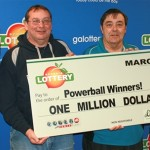 Powerball lottery winner honors agreement to split the prize