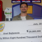 Anel Bajtarevic wins a huge instant prize in Illinois lottery